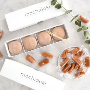 Salted caramel mochi ice cream - set of 10 pieces - no artificial sweetener or colouring