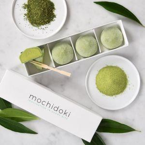 Matcha green tea mochi ice cream - set of 4 pieces - no artificial sweetener or colouring