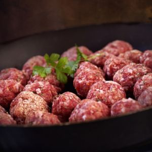 Wagyu beef meatballs marble score 9+ - 10 x 40g (chilled) (halal) - 100% hormone & antibiotic free