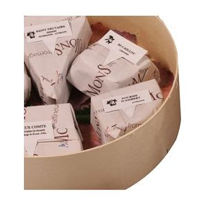 """Selection of 4 aged French farm cheese """"classic"""" / cheese platter for 4/6 persons - 750g"""