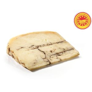 Pecorino cheese with truffle - 300g - (sheep milk) - very firm, smooth with a rich earthy profile