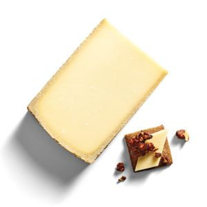 AOP Gruyere cheese des grottes (cow milk) 16 to 20 months old - 200g - earthy and nutty taste