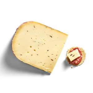 Gouda cheese with truffle - 200g - (raw cow milk) - firm and smooth with a rich earthy profile