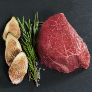 Wagyu beef tenderloin AA4-5 - 480 aed/kg - 2 to 3 kg (chilled) (halal)