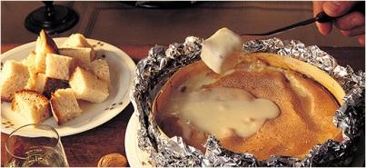Vacherin Mont d'Or fondue recipe