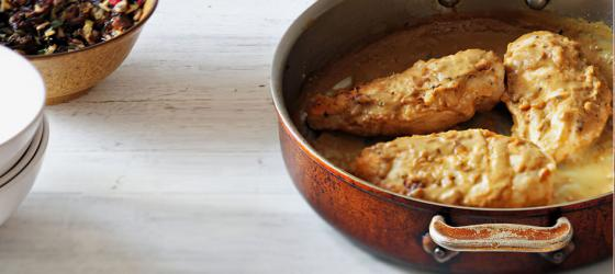 MAIN COURSE : Organic chicken breast fillet with mustard and cream recipe