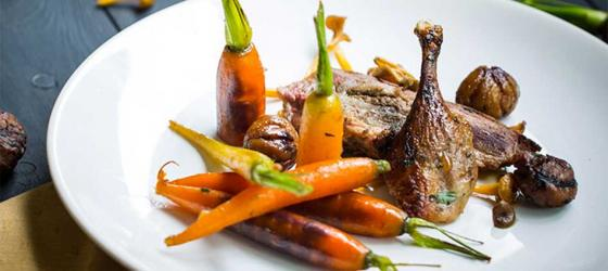 CHRISTMAS Duck with mushrooms, chestnuts and glazed carrots recipe