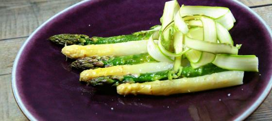 Roasted asparagus with parmesan cheese Ducasse style