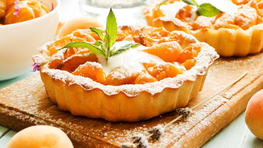 SUMMER Apricots & pistachio shortbread tartlets  (video)