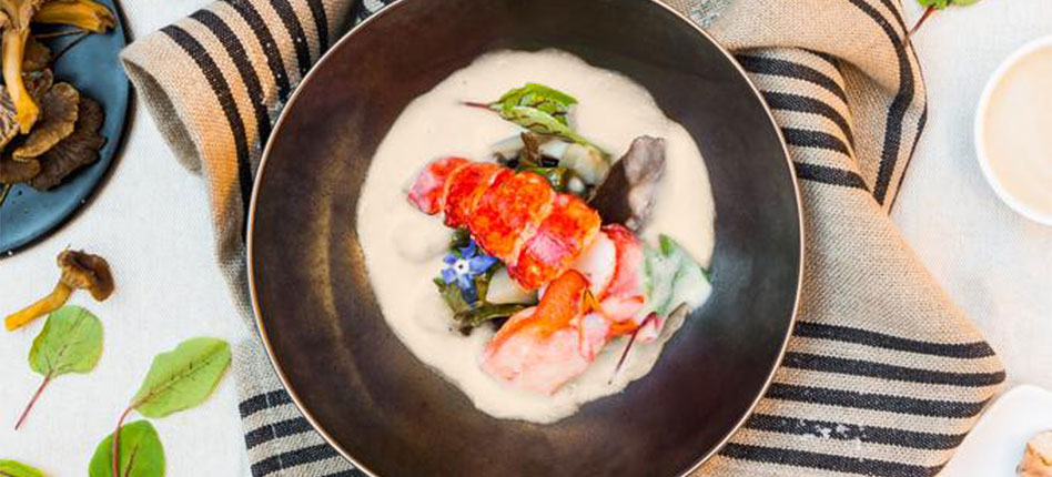 CHRISTMAS Creamy lobster veloute with Jerusalem artichoke and chanterelles